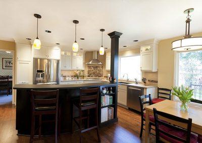 Farbee Custom Kitchen with Quartz Countertop